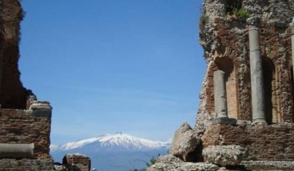Arrivano i Greci: da Taormina a Giardini Naxos